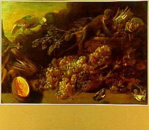 Stilleven van druiven, een meloen en een mand groenten met daarbij een papegaai en een aapje