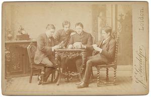Groepsportret met Christian Ludwig Rümke (1863-1925) en Jean Charles Antoine Simon Thomas (1861-1938)
