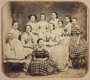 Groepsportret met Rosalie Adrienne Marie van Elk (1852-1872)