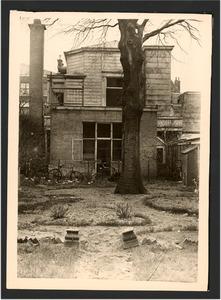 Het atelier van Jozef Israels, gezien vanuit het huis aan de Koninginnegracht 2, Den Haag