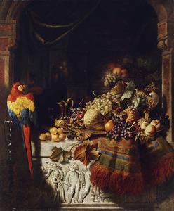 Opulent vruchtenstilleven in een nis met een bonte ara