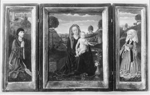 Stichter ( Willem Moreel; links), Marie met kind (midden), stichtster (rechts)