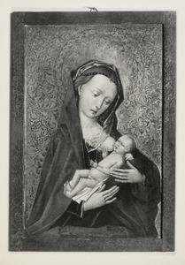 Maria lactans voor een brokaten achtergrond
