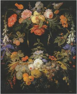 Stenen cartouche versierd met een vruchten- en een bloemguirlande