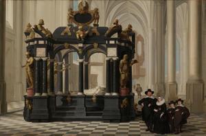 Een familiegroep bij het praalgraf van prins Willem I in de Nieuwe kerk te Delft