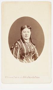 Portret van Louise Elisabeth des Armorie van der Hoeven (1839-1917)