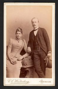 Portret van Johan Adam van Gilse (1863-1931) en Reurtdina Teelkelina Roggenkamp (1860-1951)