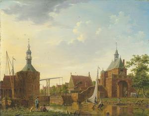 Gezicht op de Kaaypoort en de Oosterpoort in Edam