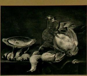 Stilleven met gevogelte, vis en kruik
