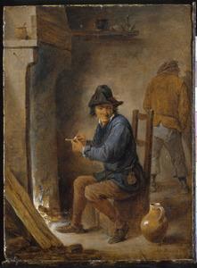 Rokende boer bij een haardvuur