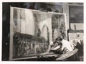 Piet van der Hem werkend aan het schilderij van het huwelijk van Prinses Juliana en Prins Bernhard