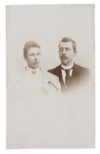 Portret van Jakobus van Woerkom (1872-...) en Johanna Hendrica Pieternella de Breij (1868-...)