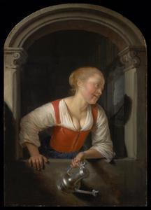 Jonge vrouw met kan in een venster