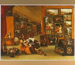 Allegorische figuren, Pictura slapend in de schoot van Disegno voorstellend, in het interieur van een kunstverzameling