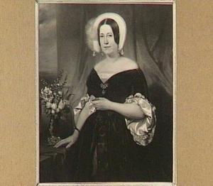 Portret van mw. E.P.J.W. Hoekwater (1809-1853), gehuwd met P. Kuyper (overleden 1834), daarna met S. Hartogh Heys van Zouteveen