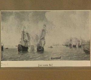 Zeeslag met rechts in de voorgrond een roeibootje