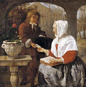 Vrouw die een brief ontvangt van een bode