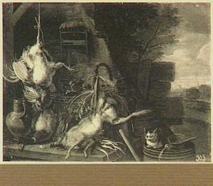 Uitstalling van haas en gevogelte op een boerenerf; rechts een kat
