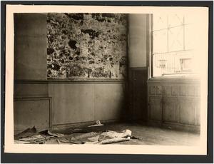 Atelier van Jozef Israels (Koninginnegracht 2, Den Haag) met beschimmelde muren
