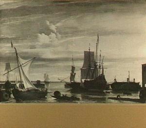 Haven bij zonsondergang; rechts op de achtergrond wordt een fluitschip gekalefaterd