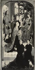 De koningin van Seba komt voor Salomo met een talrijk gevolg en brengt vele geschenken  (1 Koningen 10:1-2;2 Kronieken 9:1-2) en twee stichtersportretten