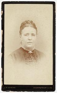 Portret van Adriana Elisabeth Cecilia Smit (1841-1912)