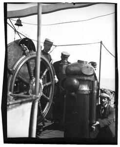 Frits Bodenheim, Piet Mondriaan en twee bemanningsleden aan boord van de S.S. Orion-Amsterdam gedurende de reis naar Spanje