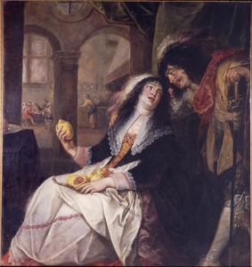Jonge vrouw met vruchten op haar schoot kijkt op naar een man