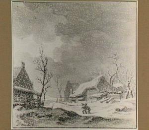 Winterlandschap met boerderijen en twee figuren in een sneeuwstorm