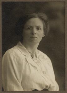 Portret van mw. Alexandrine Woltera Elias (1876-1963)