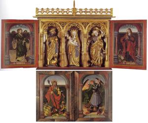 De H. Olaf (buitenzijde linkerluik), de H. Michaël (buitenzijde rechterluik); de H. Sunniva (binnenzijde linkerluik), de H. Olaf, Maria met Kind, de H. Michaël (gebeeldhouwd middendeel), de H. Margaretha (binnenzijde rechterluik)