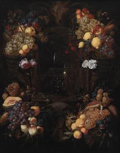 Bloemenkrans rond een nis waarin een roemer staat