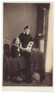 Dubbelportret met Sophie Alexandrine van der Staal (1849-1891)