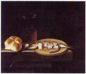 Stilleven met een pekelharing, een broodje, een ui en een glas met bier
