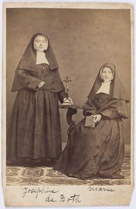 Portret van Maria Auguste de Both (1836-1917) en Josephina Johanna de Both (1841-1917)