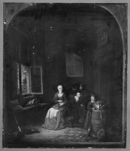 Keukeninterieur met een vrouw die uien pelt, een kind dat zich achter haar verstopt en een ander kind bij een kool op een ton