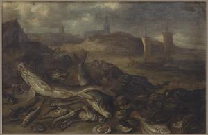 Zeeotter en zeehond temidden van vissen en schelpen op het strand