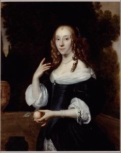 Portret van een vrouw met een oranjeappel in de linkerhand