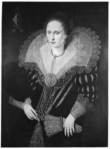 Portret van een vrouw, ten onrechte genaamd Johanna Cruse Voorne
