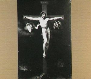 De gekruisigde Christus met engelen