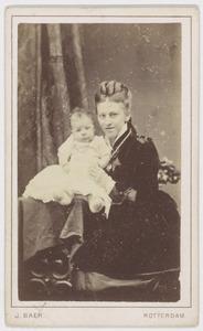 Portret van Johanna Petronella Everts (1852-1939) en Johanna Smit (1877-1945)