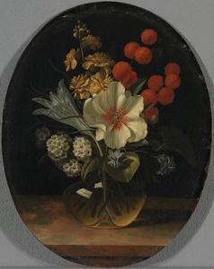 Bloeket met hibiscus en krokus