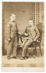 Portret van Otto Willem Gobius (1856-1896) en George Frederik Gustaaf Gobius (1858-1941)