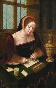 Schrijvende vrouw aan een bureau