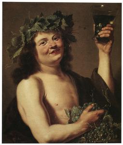 De god Bacchus met een roemer en een druiventros
