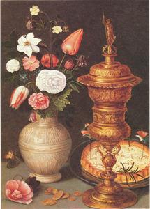 Stilleven met bloemen in een steengoed kan, pronkbeker en vlaai