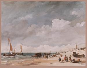 Strandgezicht met boten en figuren