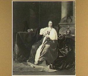 Vrouw in een interieur naast een kaptafel