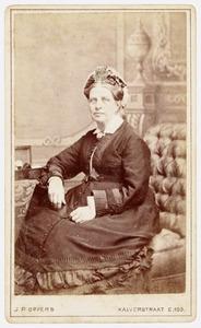 Portret van Lucretia Johanna Alida Harmana Schumer (1824-1886)