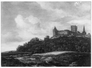 Gezicht op Kasteel Bentheim met aan de voet van de heuvel een korenveld